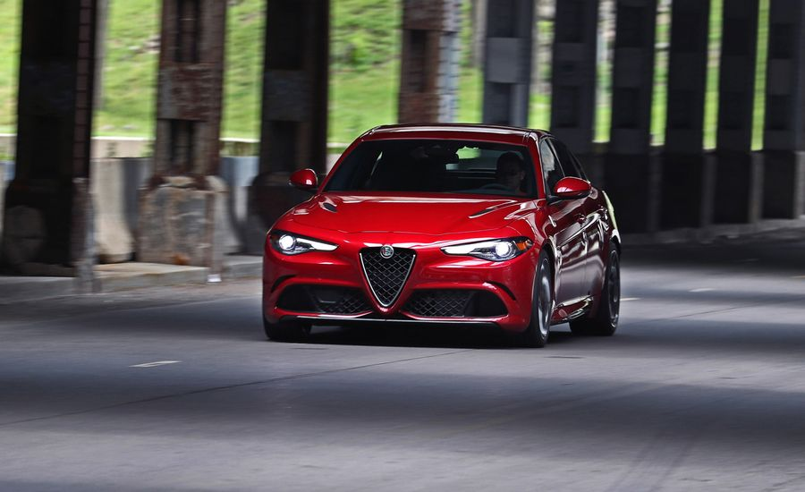 2017 alfa romeo giulia quadrifoglio in depth model review car and driver. Black Bedroom Furniture Sets. Home Design Ideas