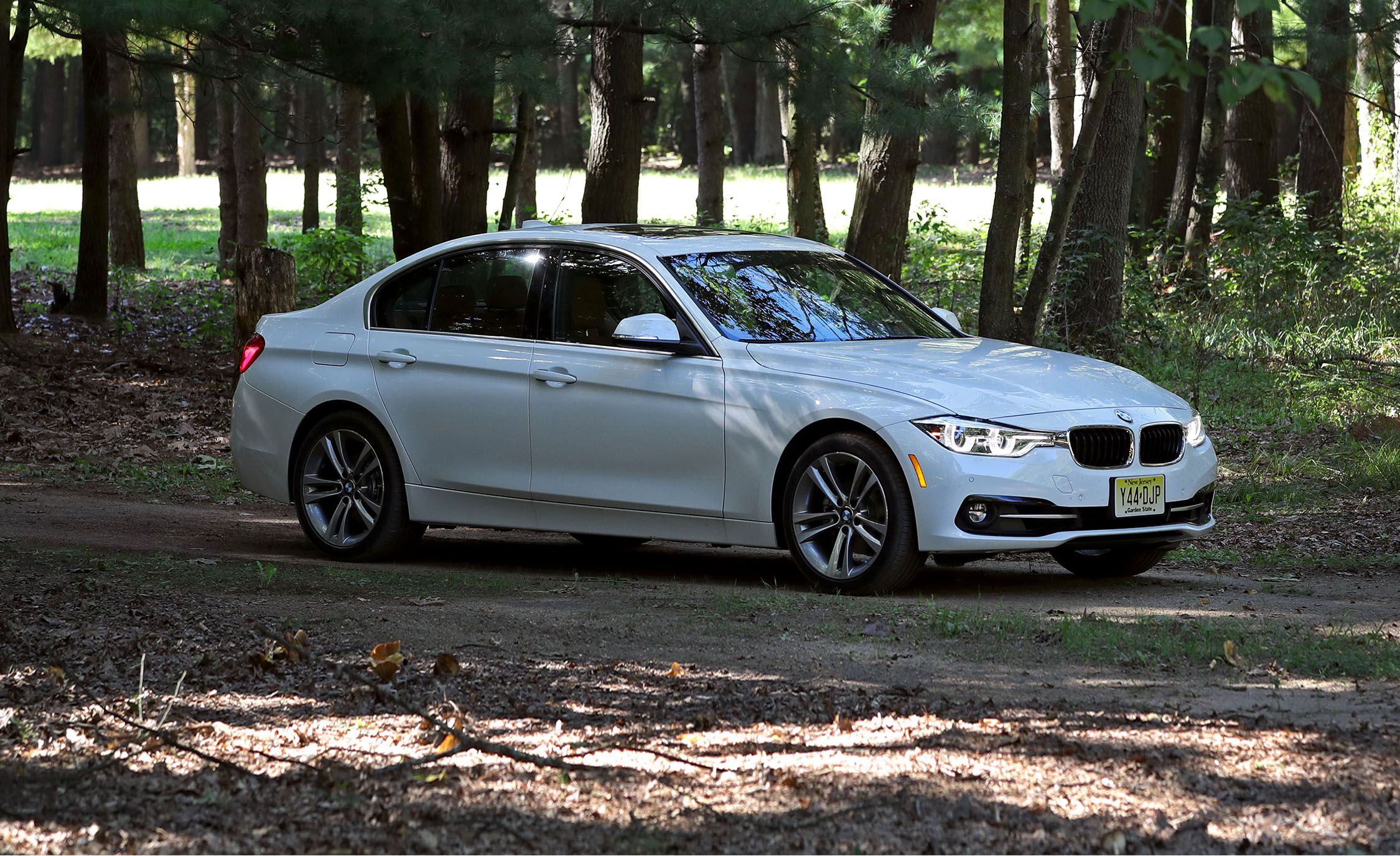 Bmw Cpo Warranty >> 2017 BMW 3-series | In-Depth Model Review | Car and Driver
