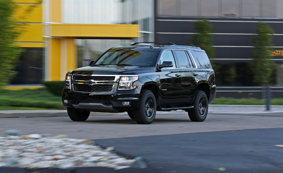2017 chevrolet tahoe in depth model review car and driver. Black Bedroom Furniture Sets. Home Design Ideas