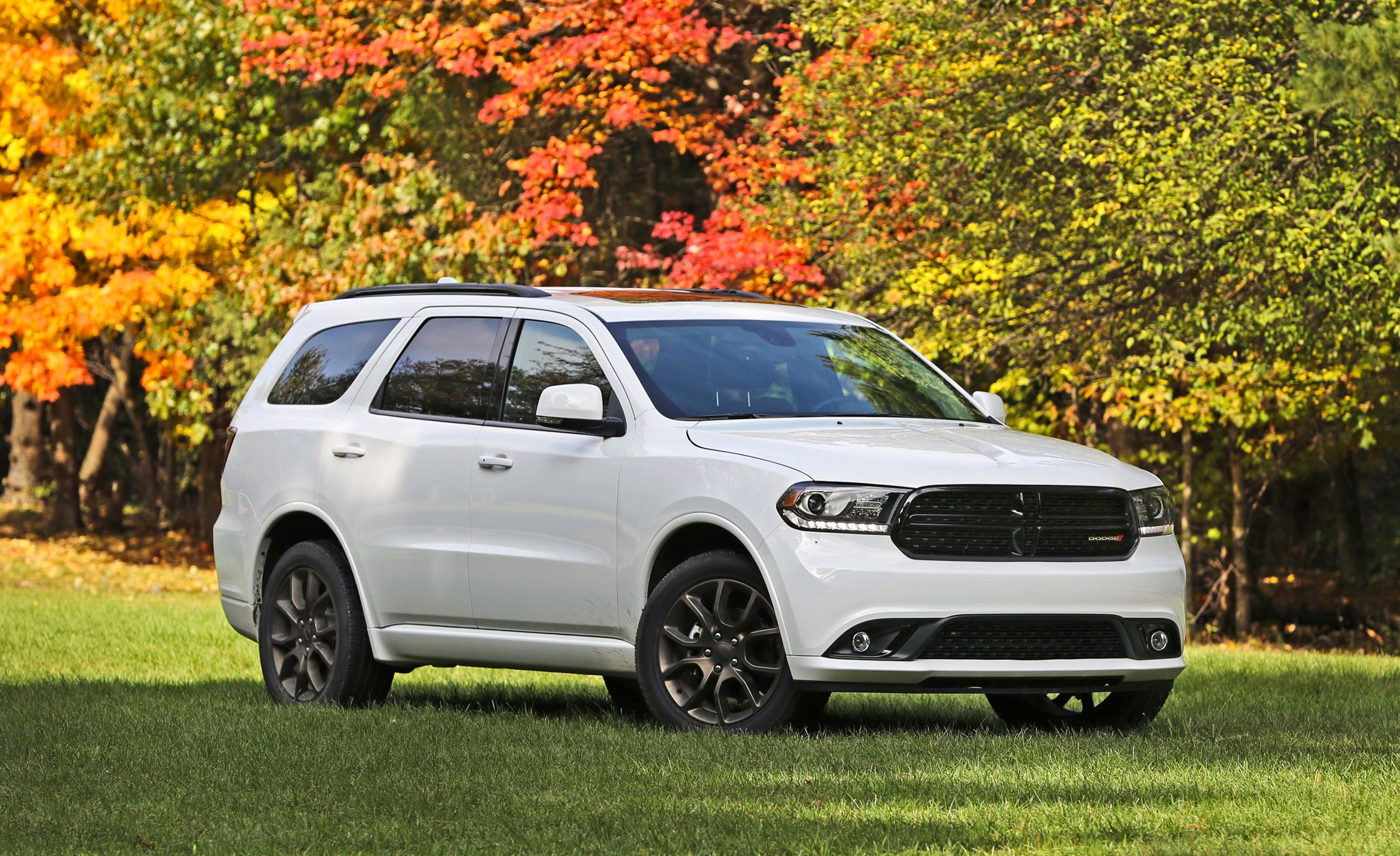 2017 Dodge Durango In Depth Model Review Car And Driver