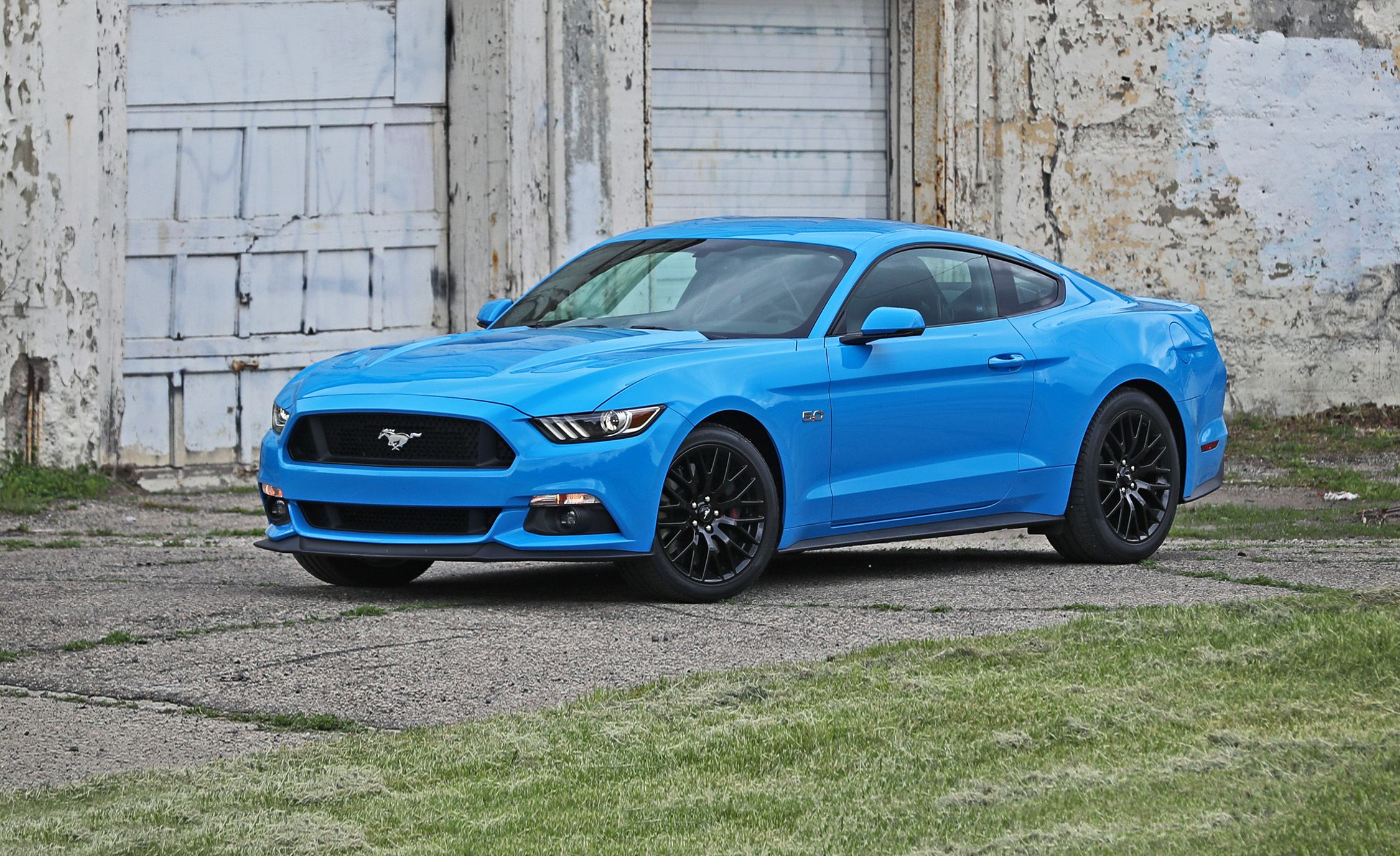 2017 Ford Mustang & 2017 Ford Mustang | In-Depth Model Review | Car and Driver markmcfarlin.com