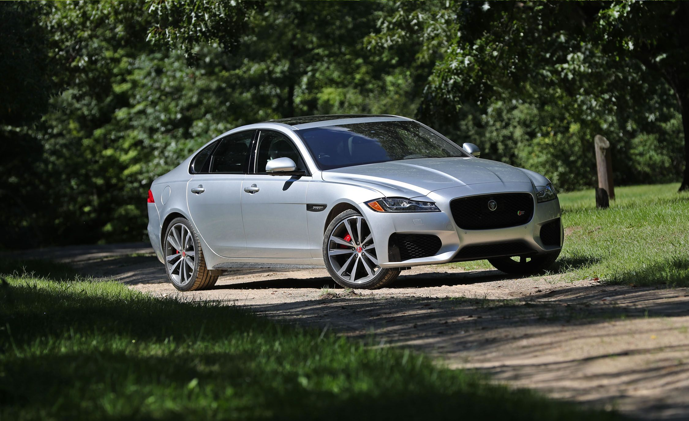 2017 Jaguar Xf 20d Awd Test Review Car And Driver