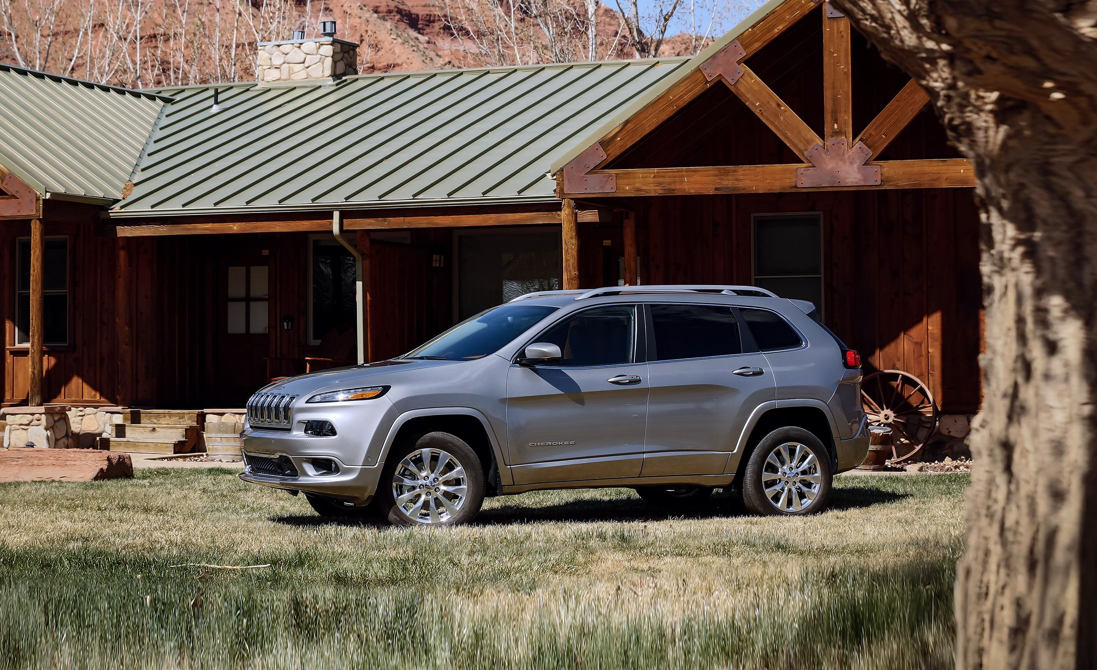 2014 Jeep Cherokee Limited 4x4 Test Review