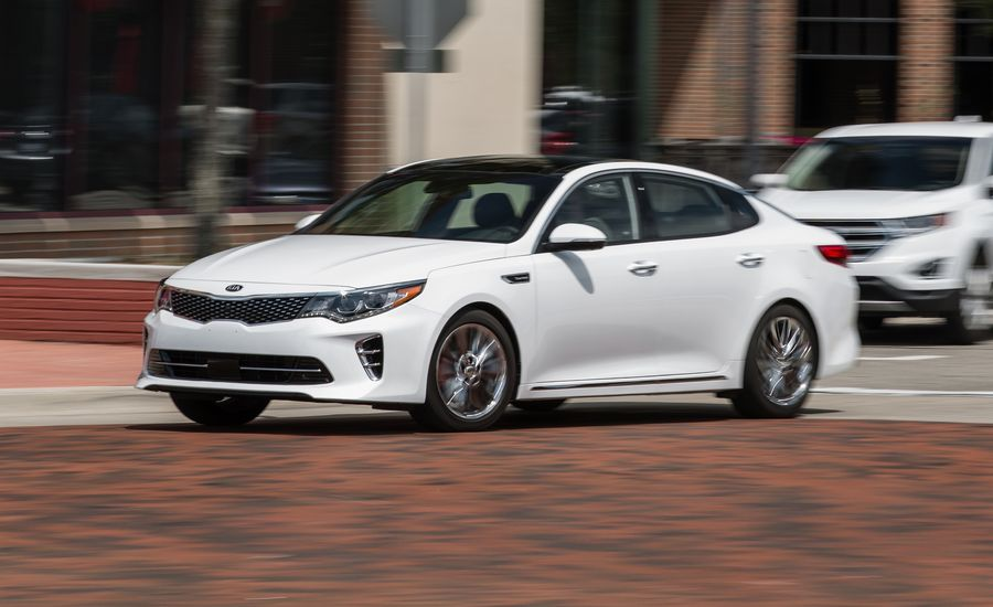 2017 kia optima in depth model review car and driver. Black Bedroom Furniture Sets. Home Design Ideas