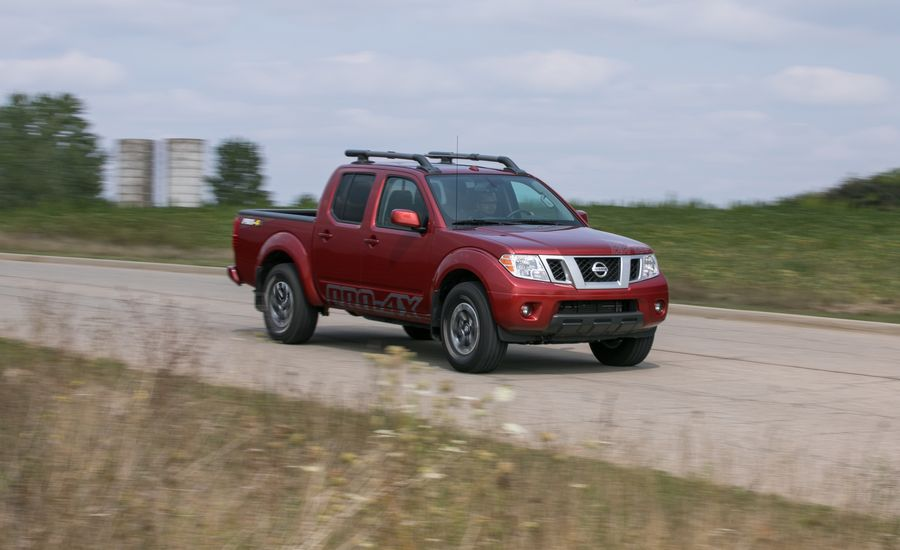 2017 nissan frontier in depth model review car and driver. Black Bedroom Furniture Sets. Home Design Ideas