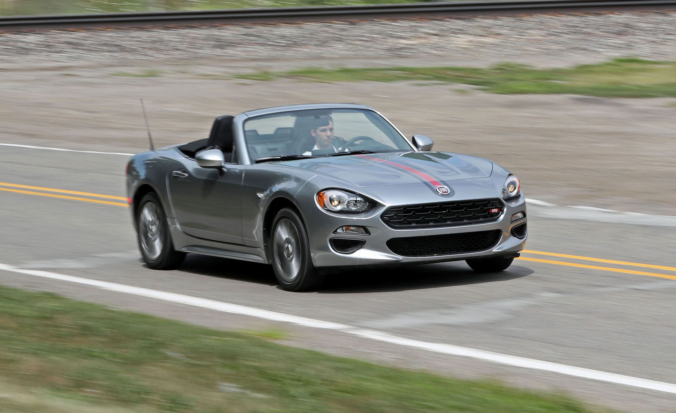 2018 fiat 124 spider in depth model review car and driver. Black Bedroom Furniture Sets. Home Design Ideas