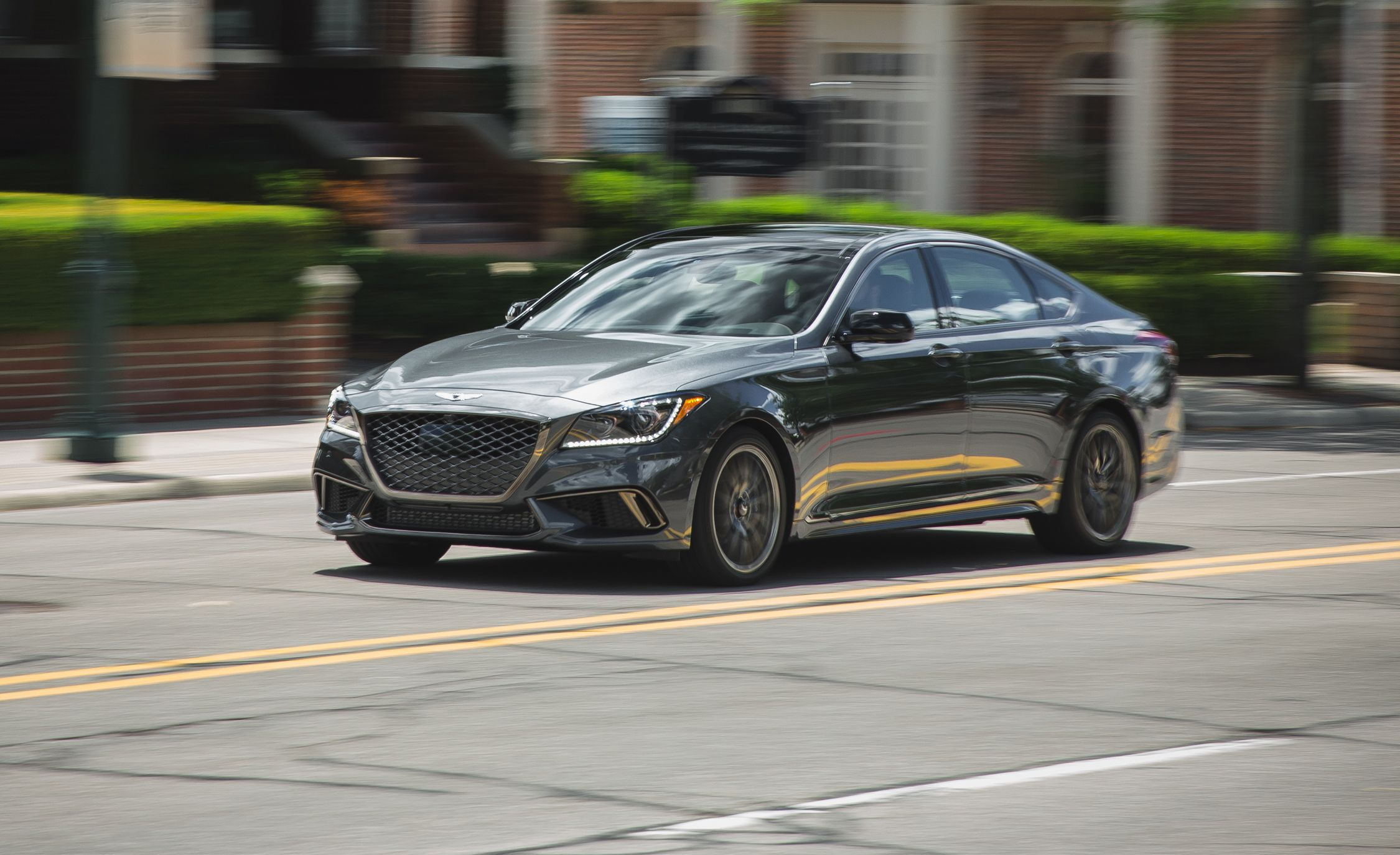 2018 Genesis G80 In Depth Model Review Car And Driver