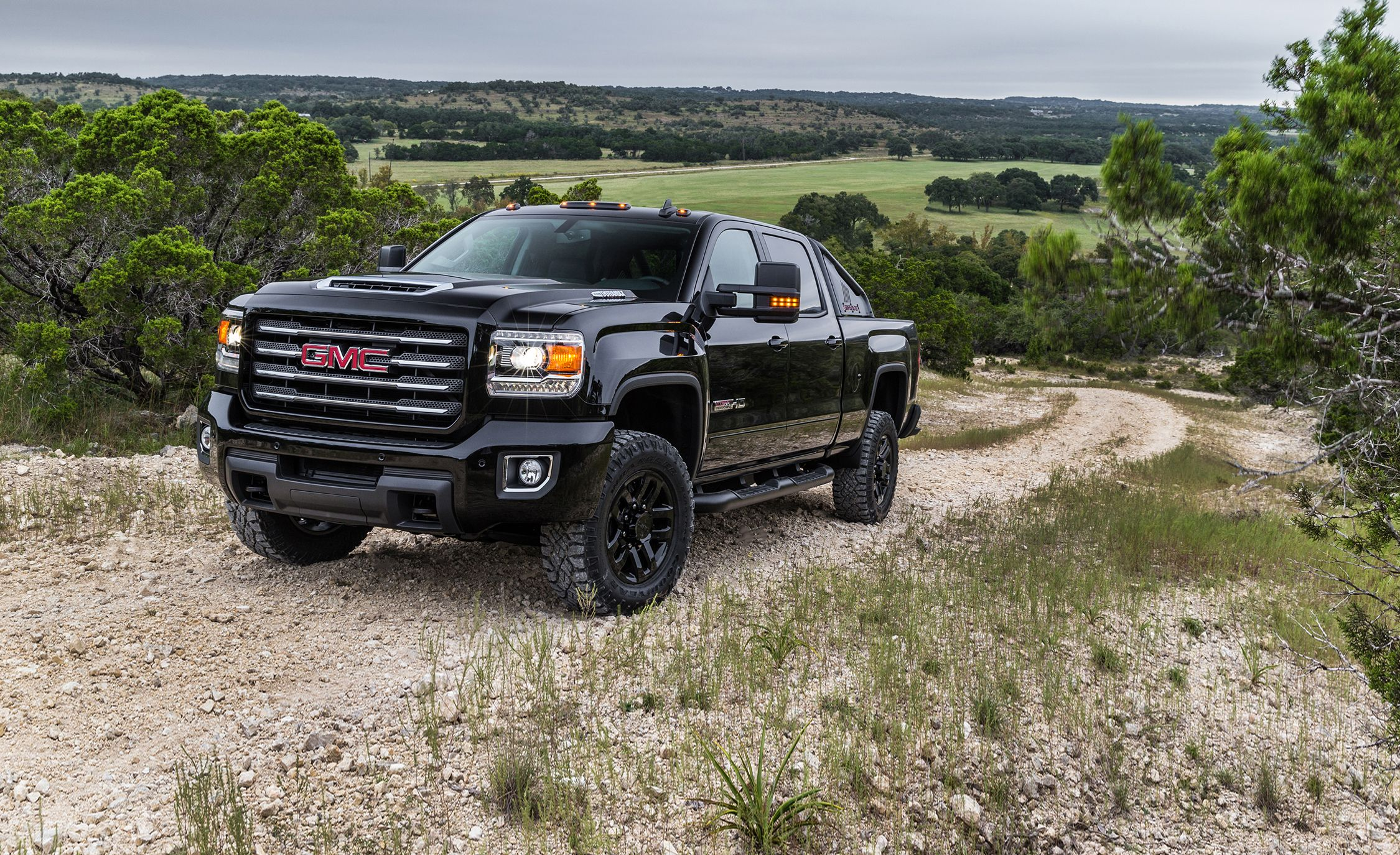 2018 gmc hd 2500. unique gmc 2018 gmc sierra 2500hd  3500hd  indepth model review car and driver and gmc hd 2500