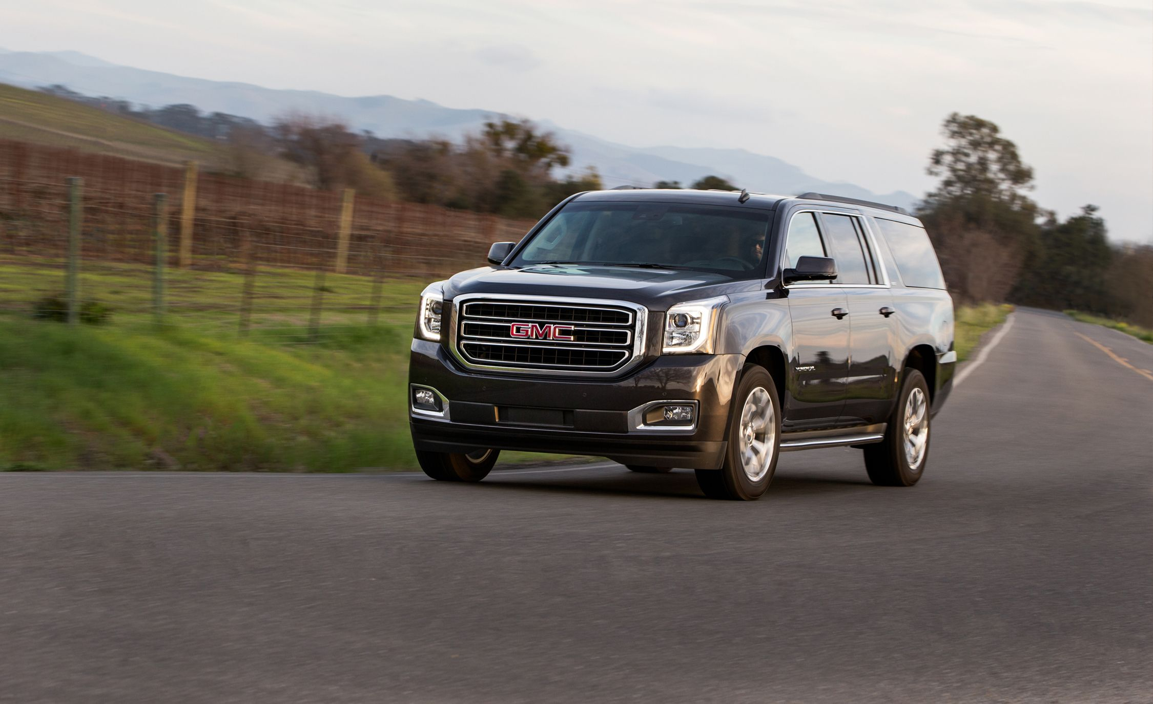 2018 gmc yukon slt. unique yukon throughout 2018 gmc yukon slt