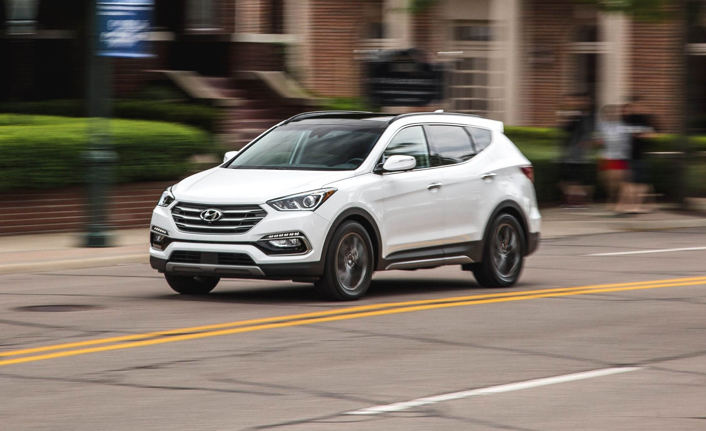Hyundai Sante Fe 2018 >> 2018 Hyundai Santa Fe Sport In Depth Model Review Car And Driver