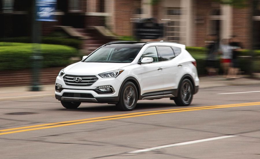 2018 hyundai santa fe sport in depth model review car and driver. Black Bedroom Furniture Sets. Home Design Ideas