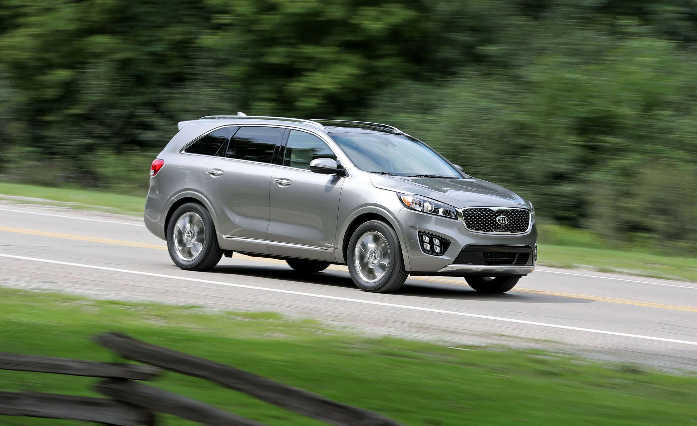 2018 Kia Sorento In Depth Model Review Car And Driver