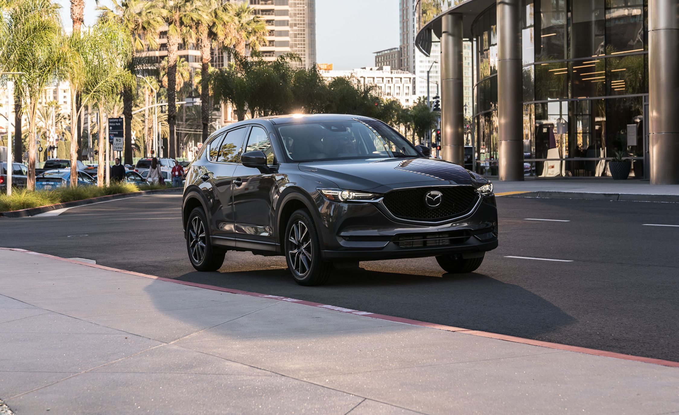 2018 Mazda Cx 5 In Depth Model Review Car And Driver