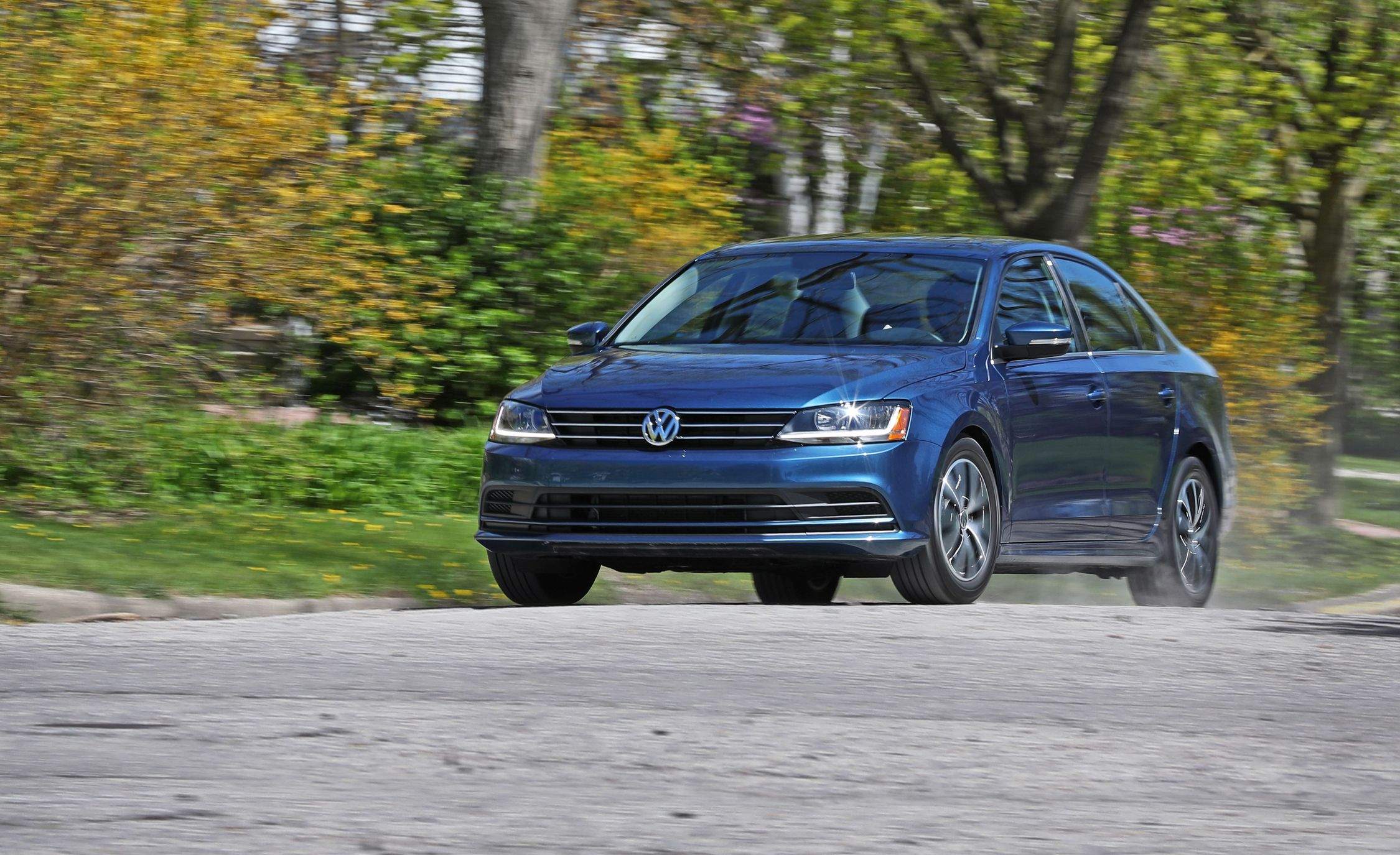 2018 Volkswagen Jetta In Depth Model Review Car And Driver