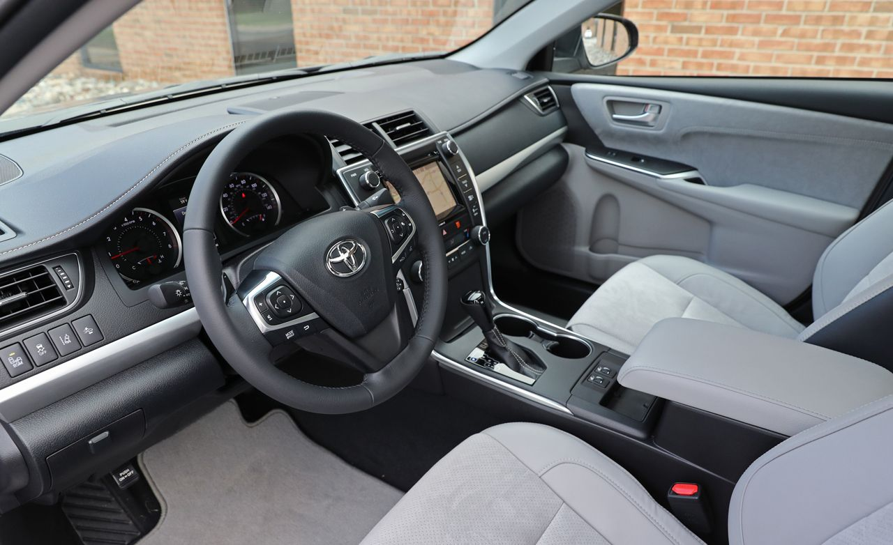 2017 toyota camry interior review car and driver. Black Bedroom Furniture Sets. Home Design Ideas