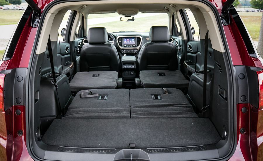 2017 gmc acadia in depth model review car and driver. Black Bedroom Furniture Sets. Home Design Ideas