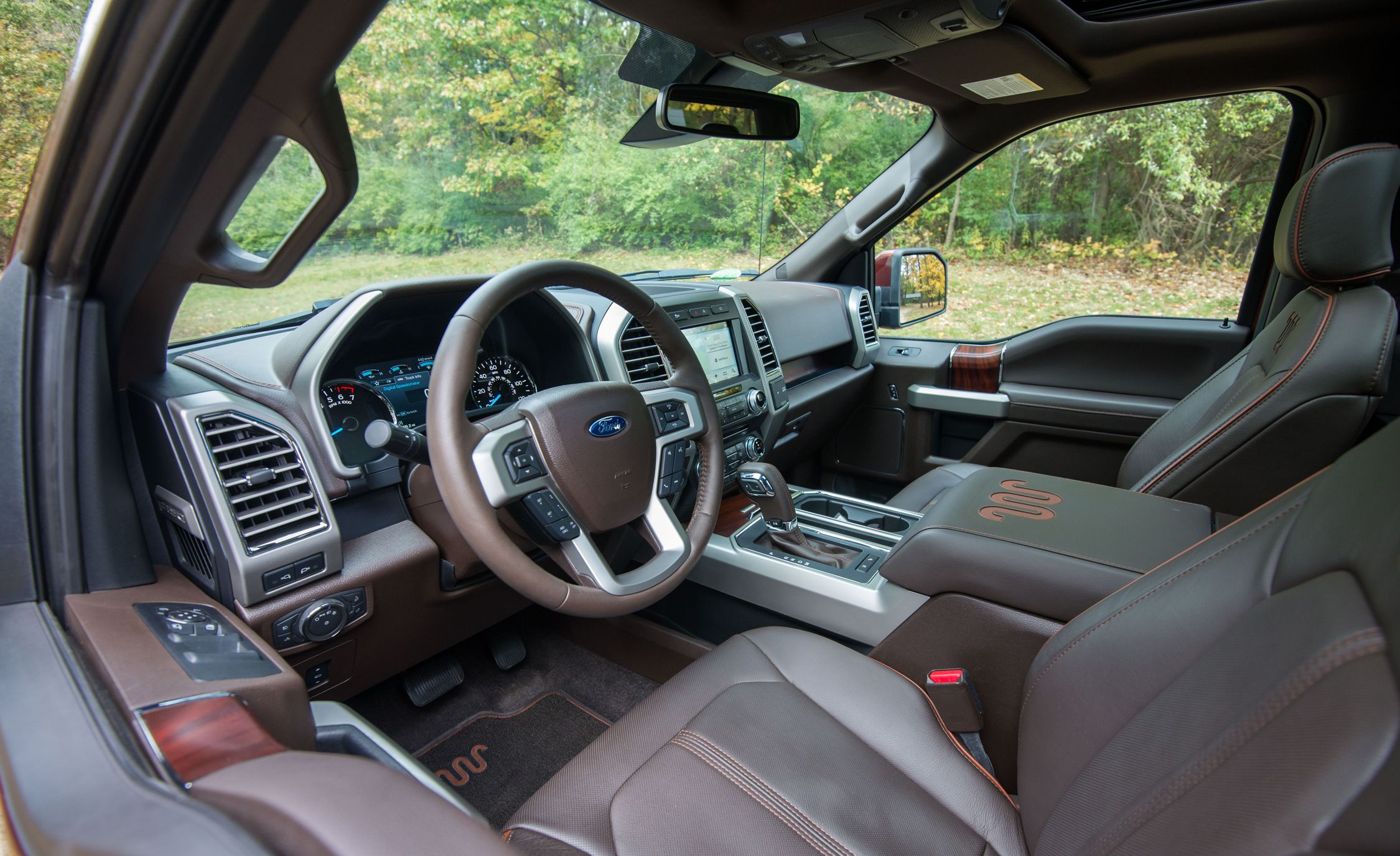 2017 Ford F 150 Interior Review Car And Driver