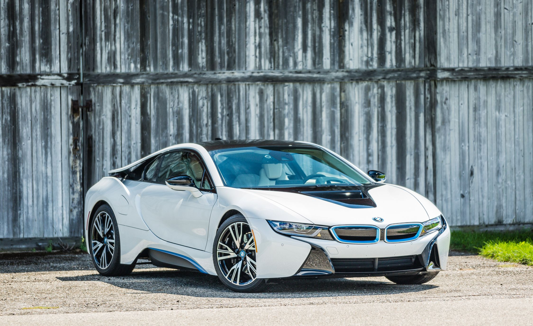 2017 bmw i8 exterior review car and driver. Black Bedroom Furniture Sets. Home Design Ideas