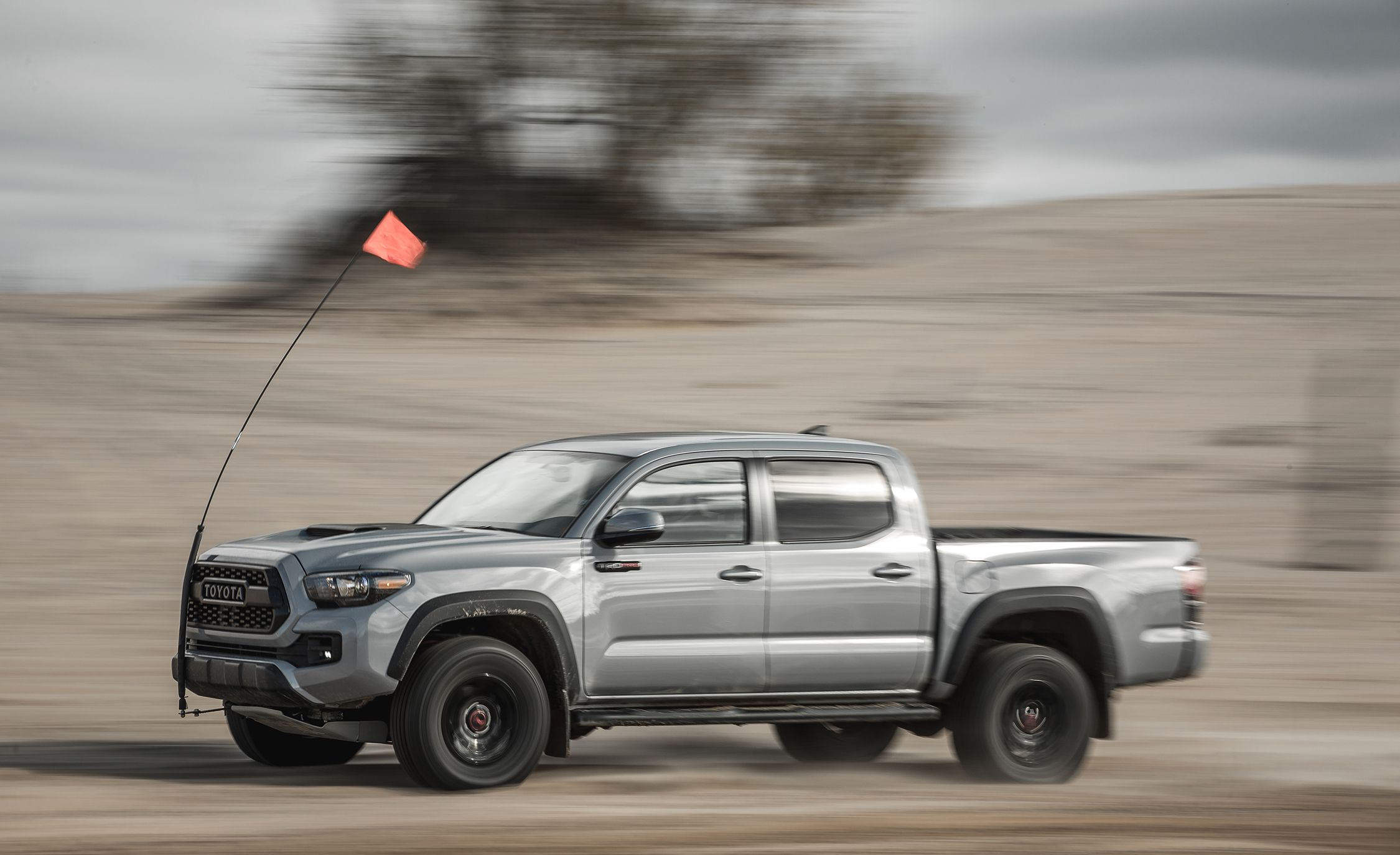 2017 toyota tacoma fuel economy review car and driver. Black Bedroom Furniture Sets. Home Design Ideas