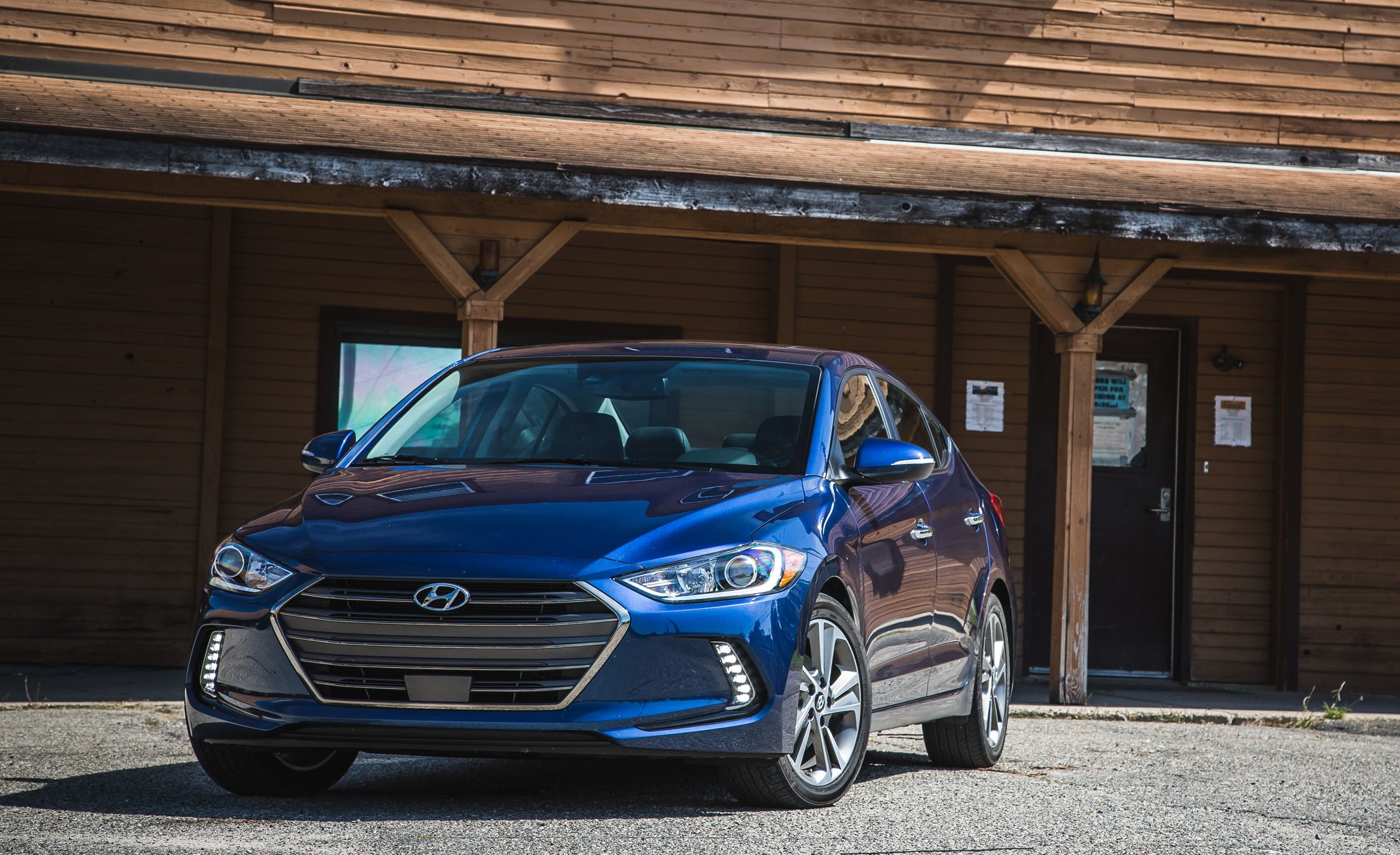 test youtube hyundai elantra gt review drive and hatchback watch