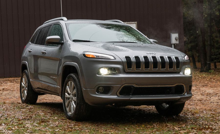 2017 jeep cherokee performance and driving impressions review car and driver. Black Bedroom Furniture Sets. Home Design Ideas