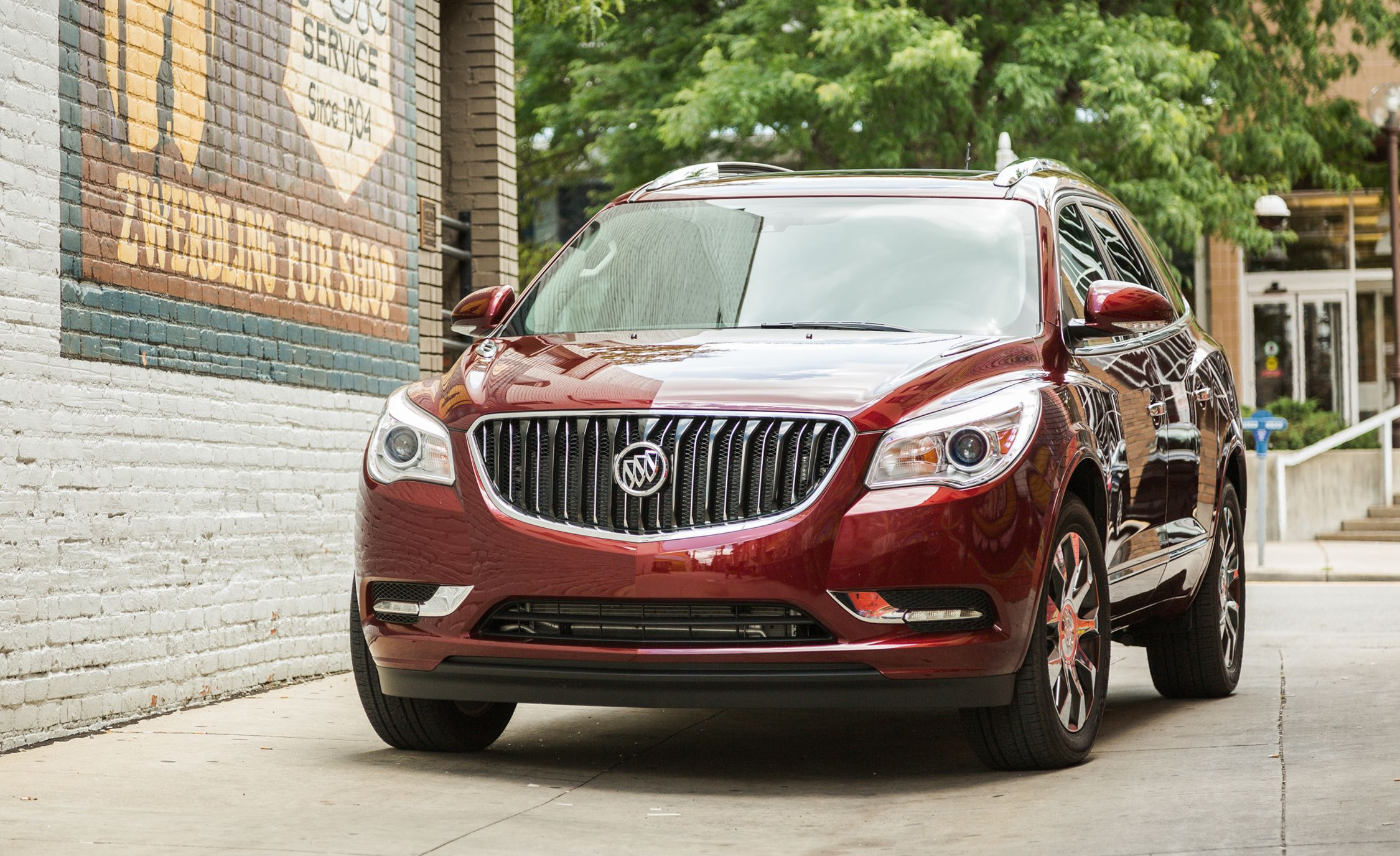 Buick Enclave Reviews Price Photos And Specs Car Driver