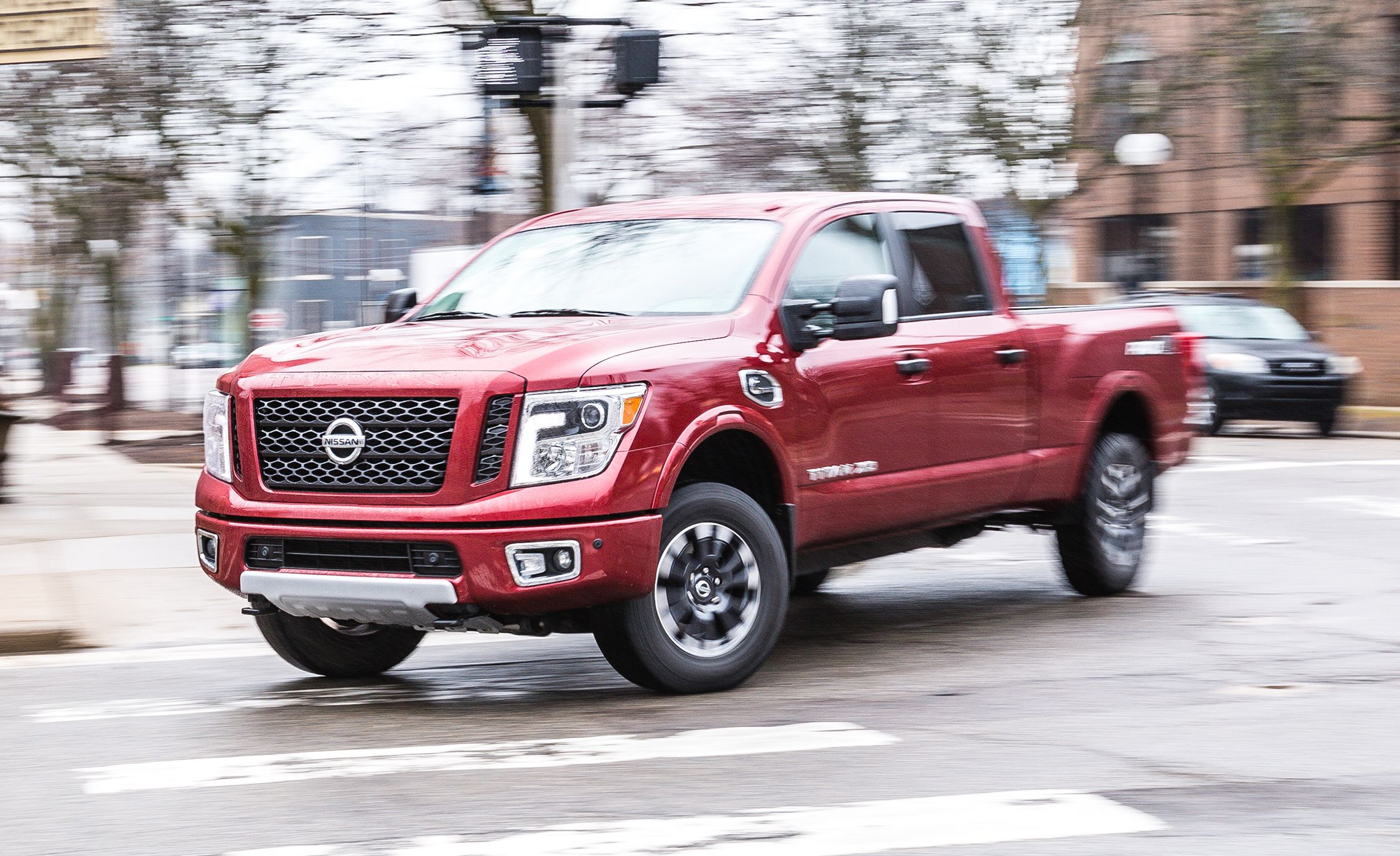 2017 Nissan Titan Xd Cargo Space And Storage Review Car And Driver