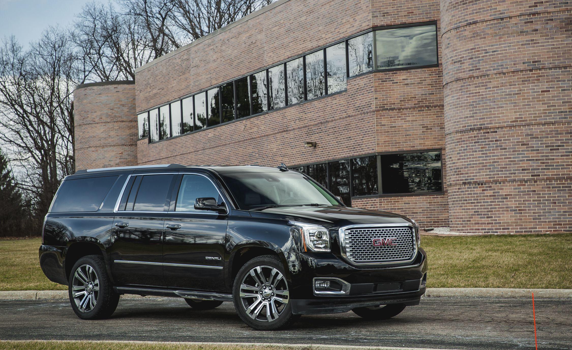 2017 GMC Yukon / Yukon XL | IntelliLink Infotainment Review | Car and Driver