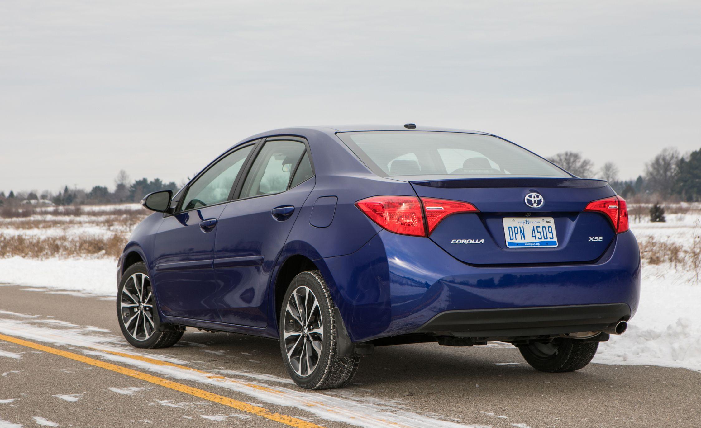 Toyota Corolla Gas Mileage >> 2017 Toyota Corolla Fuel Economy Review Car And Driver