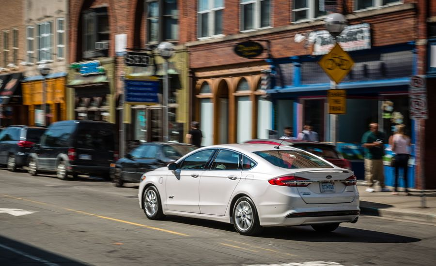 2017 ford fusion fuel economy review car and driver. Black Bedroom Furniture Sets. Home Design Ideas