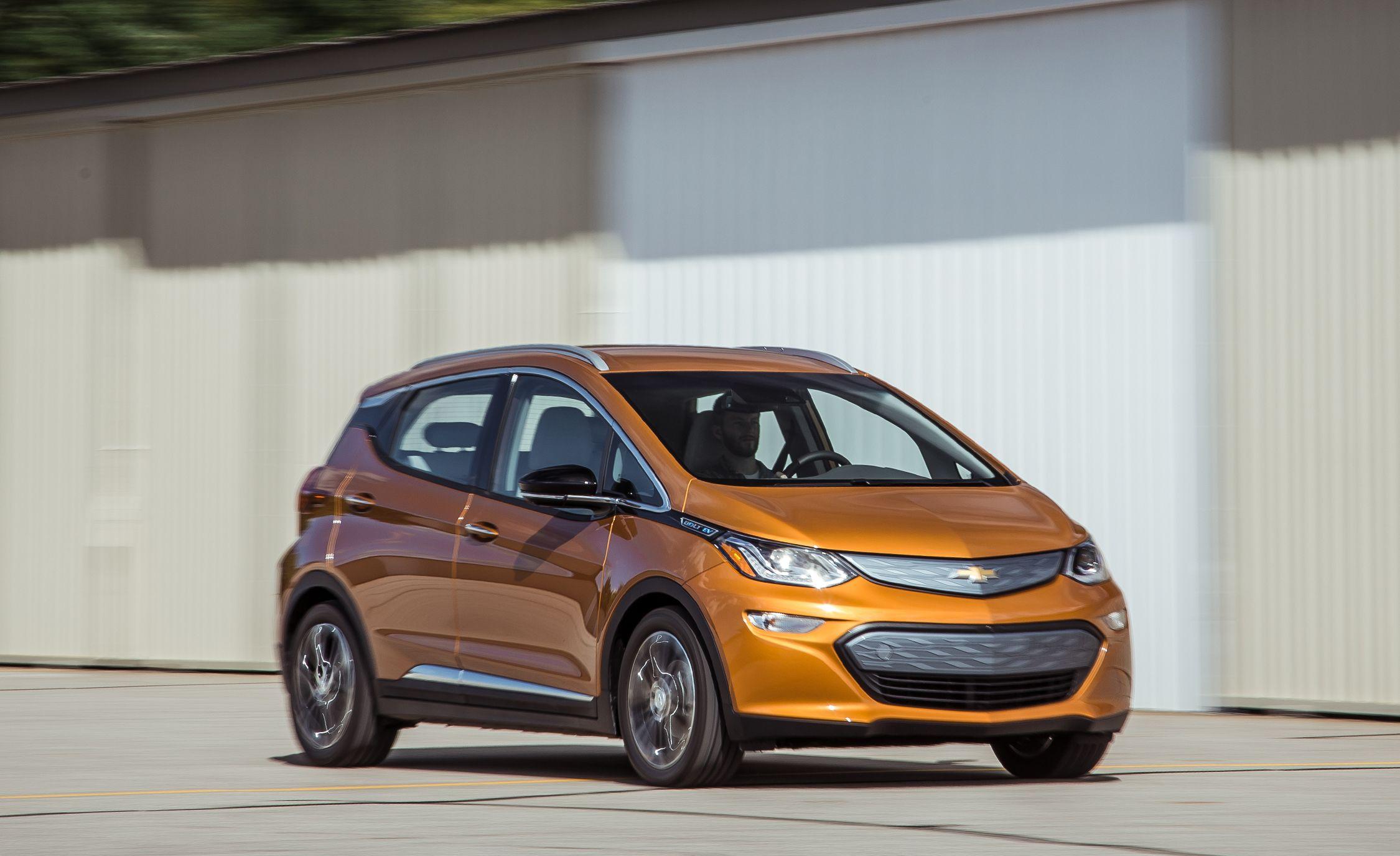 2017 Chevrolet Bolt Prototype Drive Review