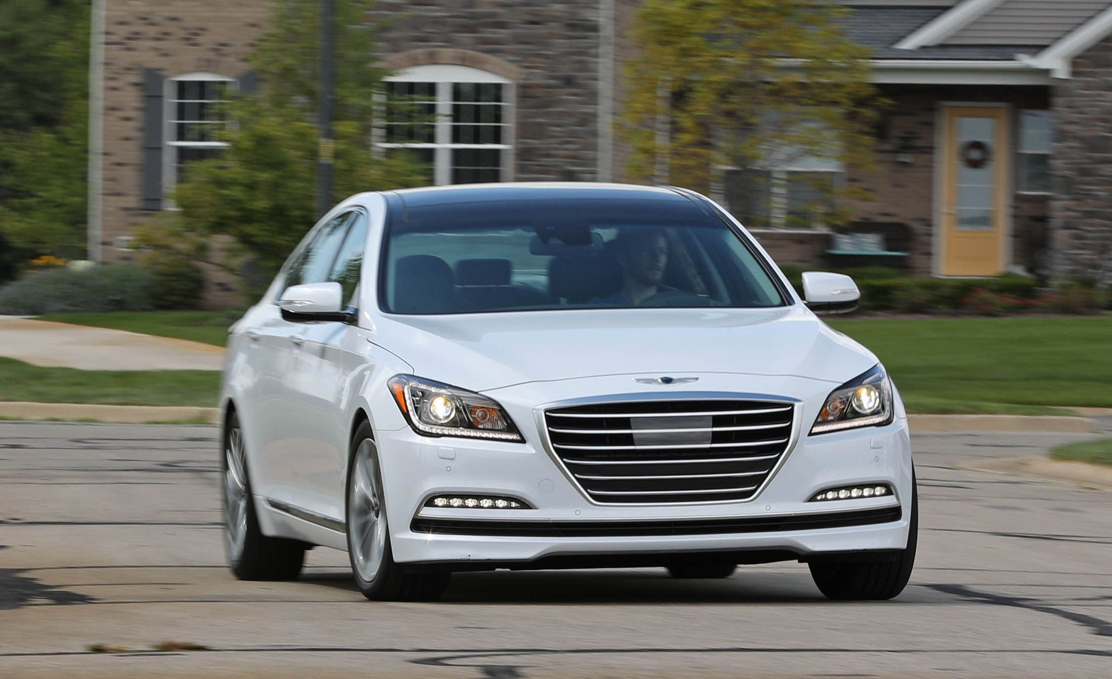 2017 genesis g80 bluelink infotainment review car and driver. Black Bedroom Furniture Sets. Home Design Ideas