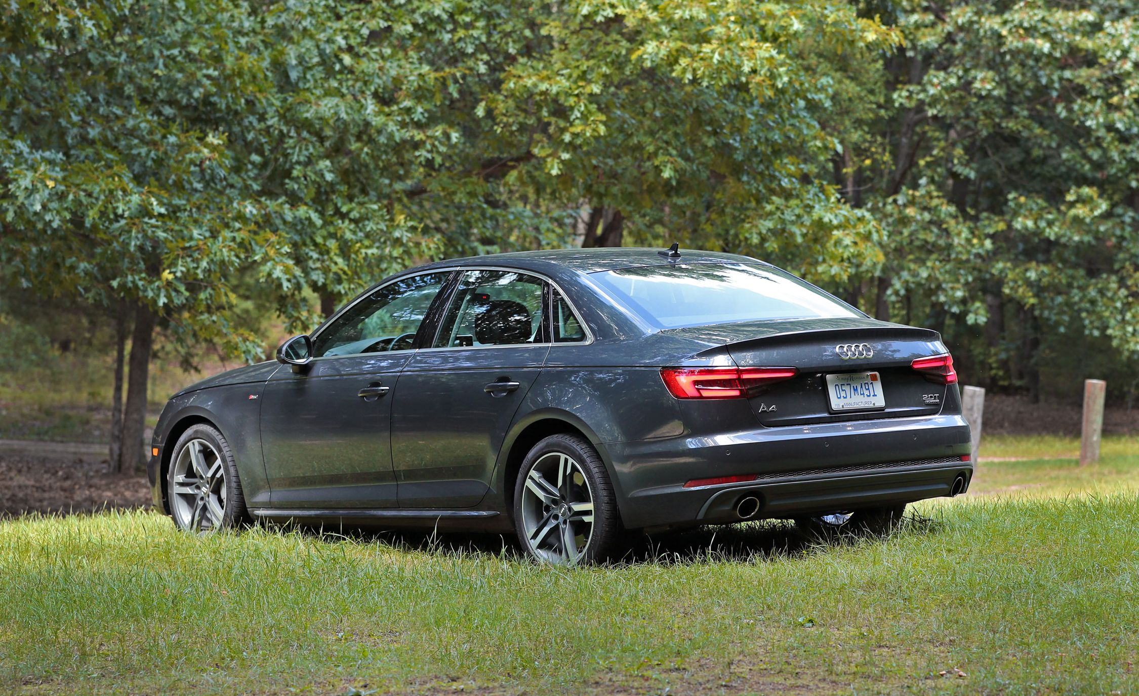 2017 audi a4 safety and driver assistance review car and driver. Black Bedroom Furniture Sets. Home Design Ideas