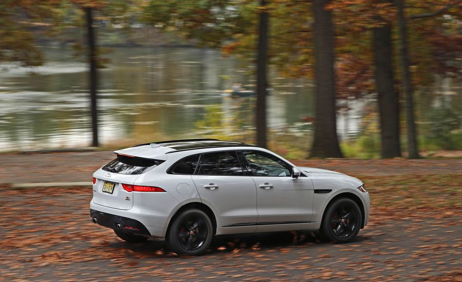 2017 jaguar f pace fuel economy review car and driver. Black Bedroom Furniture Sets. Home Design Ideas