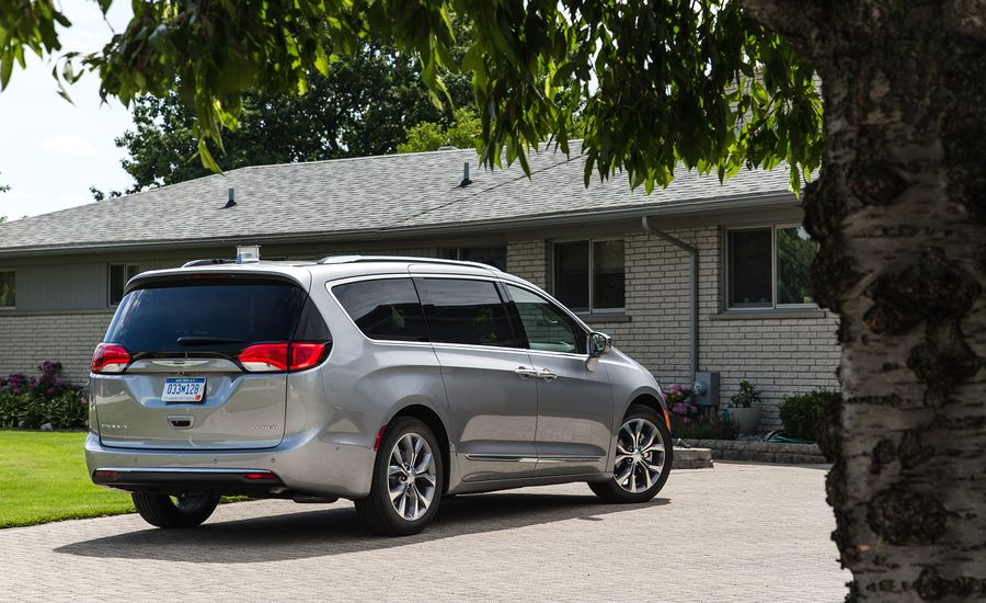 2017 Chrysler Pacifica Cargo Space And Storage Review