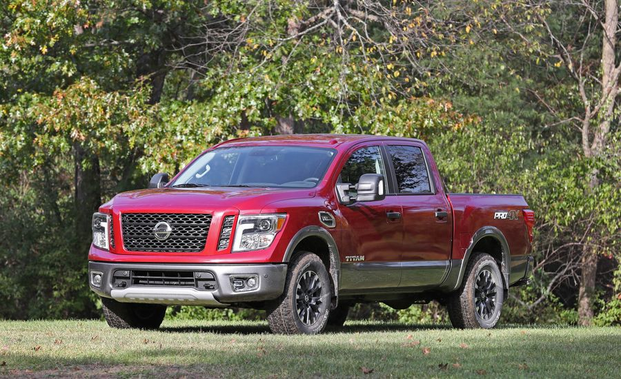2017 nissan titan fuel economy review car and driver. Black Bedroom Furniture Sets. Home Design Ideas