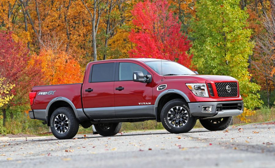 2017 nissan titan performance and driving impressions. Black Bedroom Furniture Sets. Home Design Ideas
