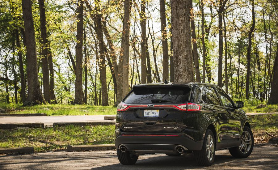 2017 Ford Edge | In-Depth Model Review | Car and Driver