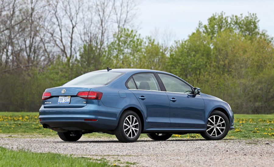 volkswagen jetta fuel economy review car  driver