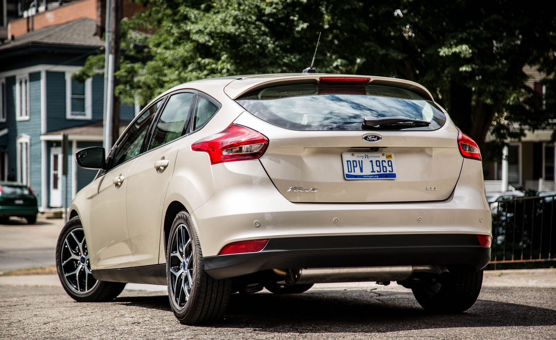 2016 Ford Focus 2 0L Automatic Hatchback Review