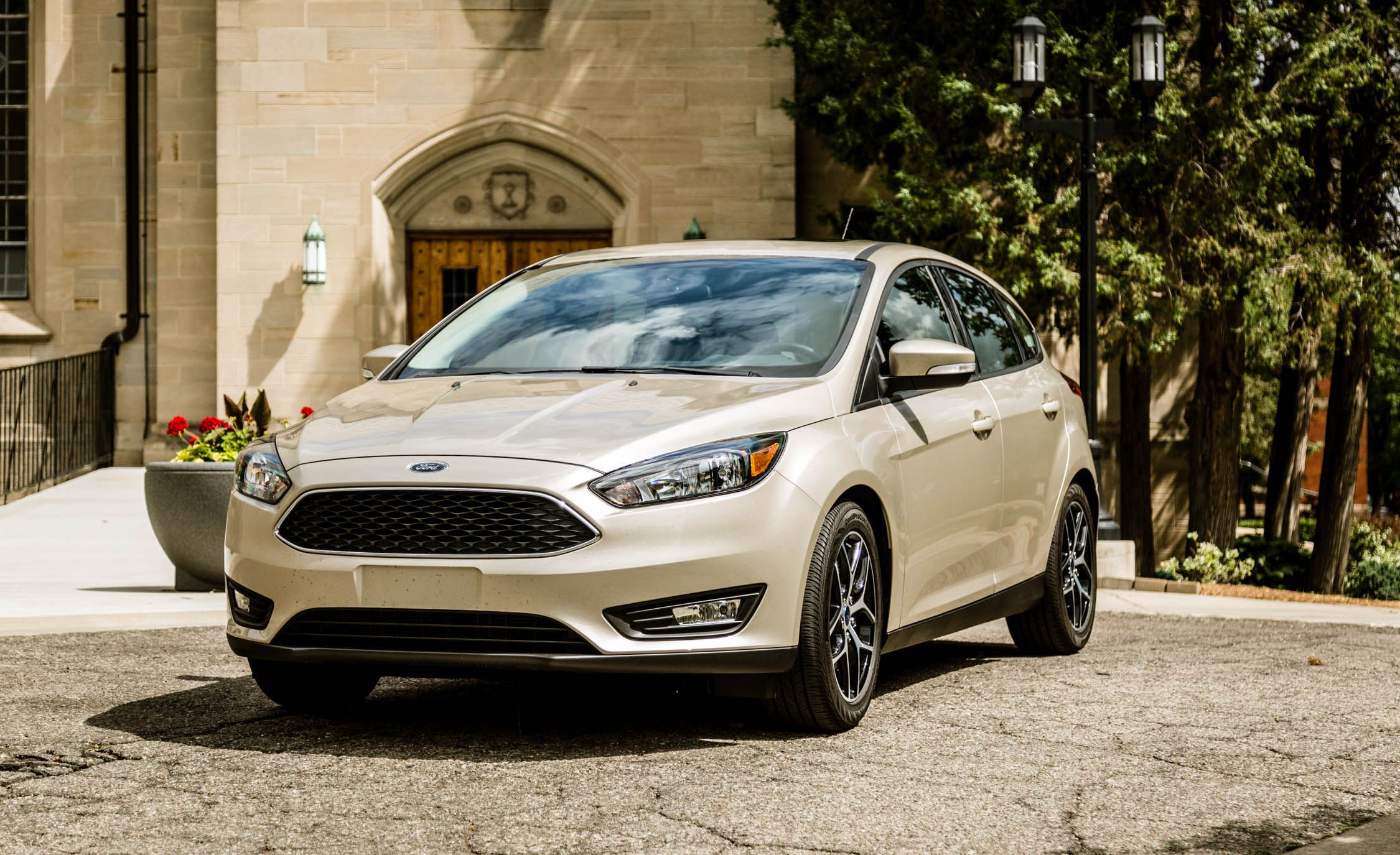 2016 Ford Focus 20l Automatic Hatchback Review Car And Driver 2014 Transmission Slipping