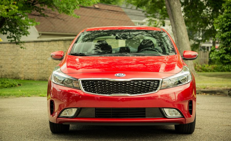 Car And Driver In Depth Review Kia Forte