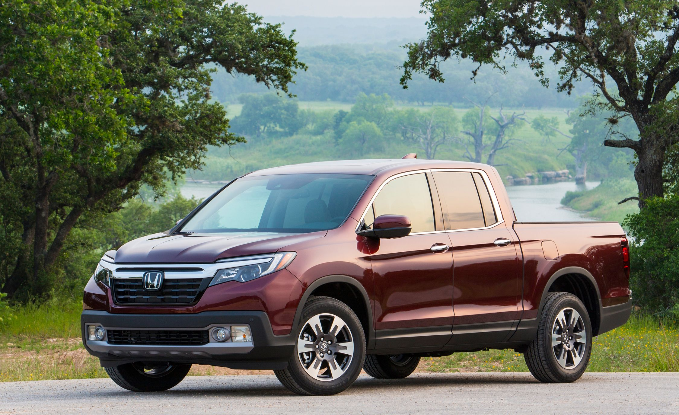 wheels honda interior reviews in edition touches ca review abounds ridgeline black car nice