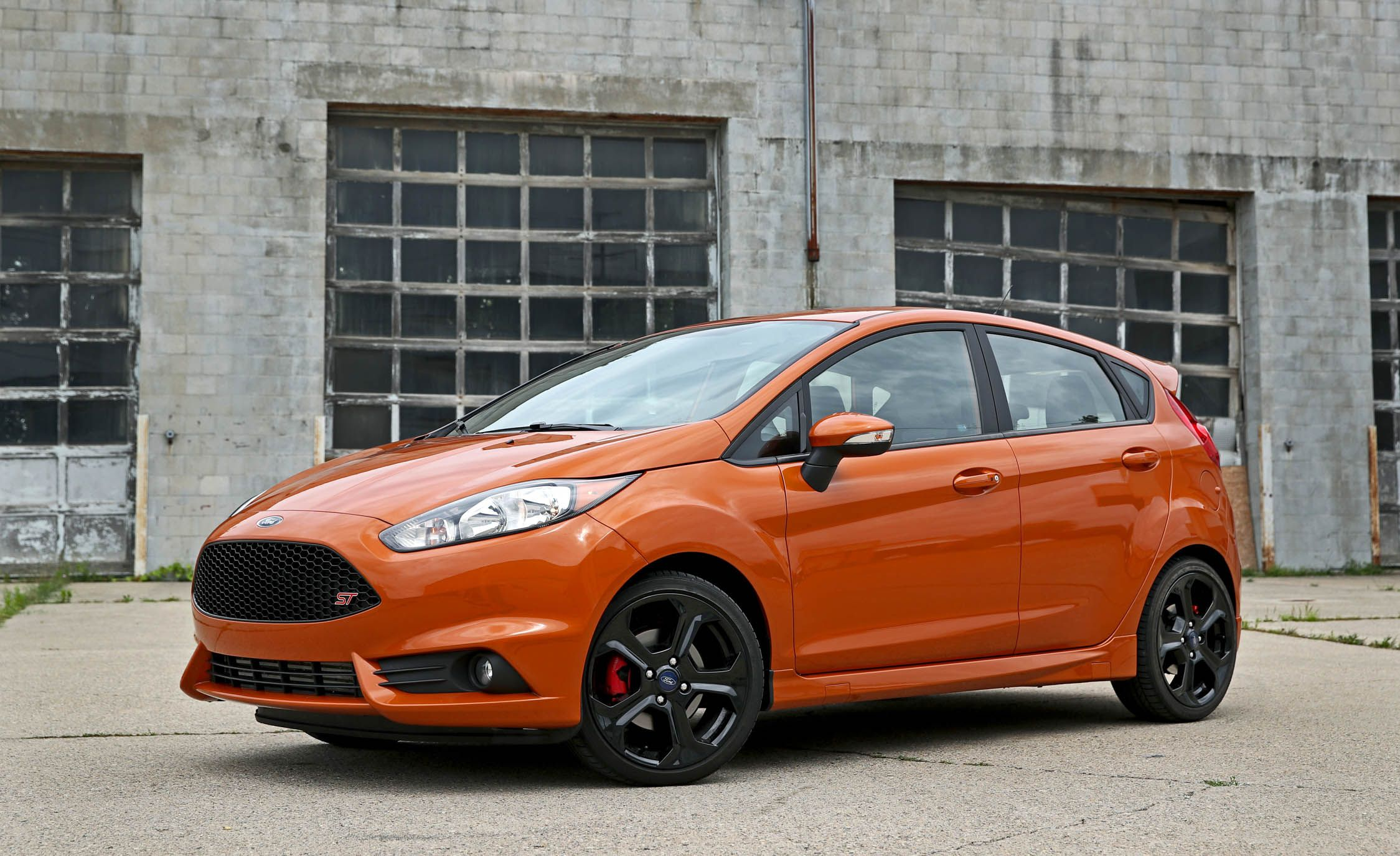 Exterior & 2017 Ford Fiesta ST | In-Depth Model Review | Car and Driver markmcfarlin.com