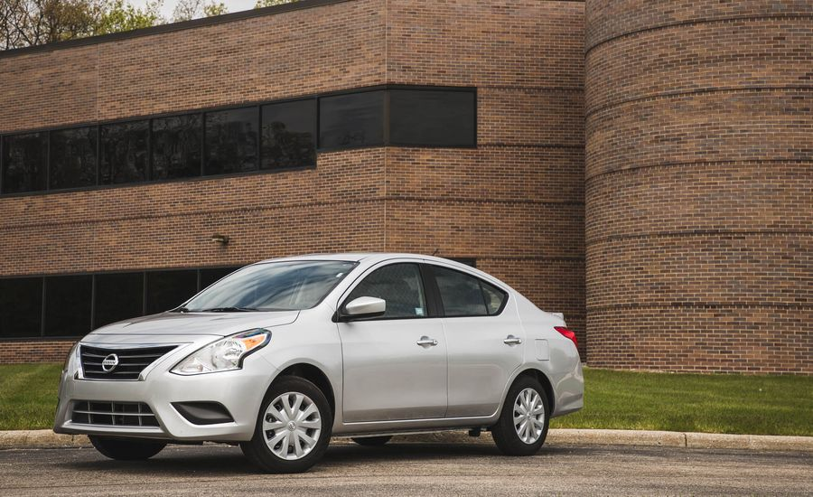 2017 nissan versa interior review car and driver. Black Bedroom Furniture Sets. Home Design Ideas
