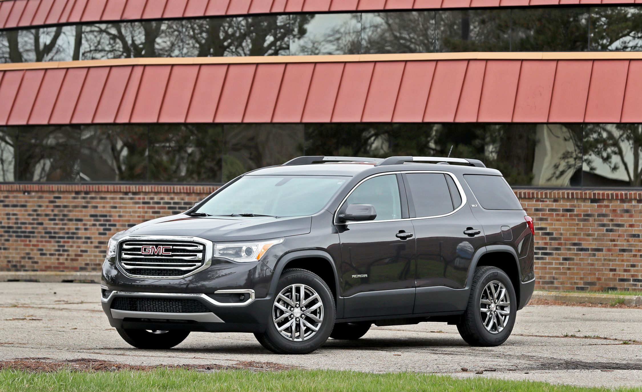 2018 GMC Acadia Engine and Transmission Review