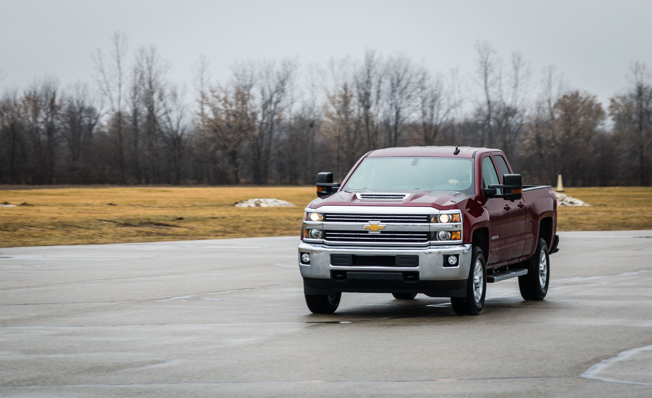 2018 chevrolet 2500hd diesel. exellent chevrolet 2018 chevrolet silverado 2500hd  3500hd  indepth model review car and  driver on chevrolet 2500hd diesel