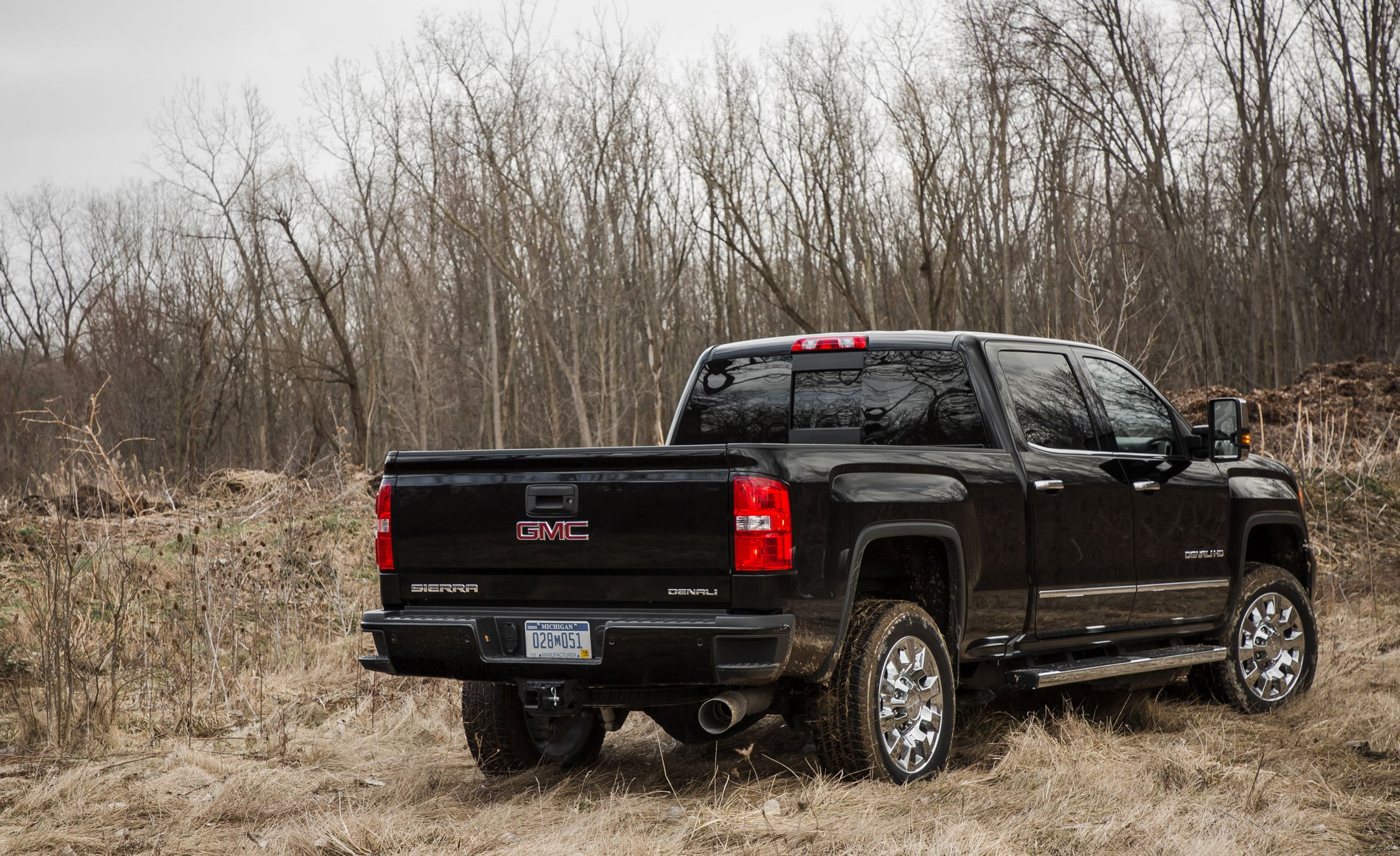 2018 GMC Sierra 2500HD / 3500HD | Engine and Transmission Review | Car and  Driver