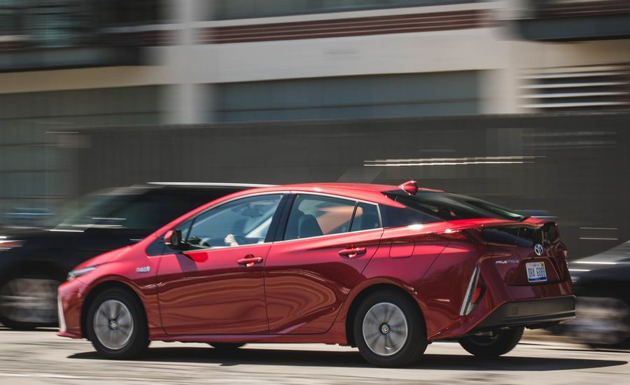 2018 toyota prius prime warranty review car and driver. Black Bedroom Furniture Sets. Home Design Ideas