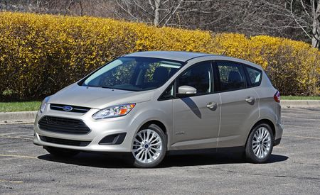 ford c max reviews ford c max price photos and specs car and driver. Black Bedroom Furniture Sets. Home Design Ideas